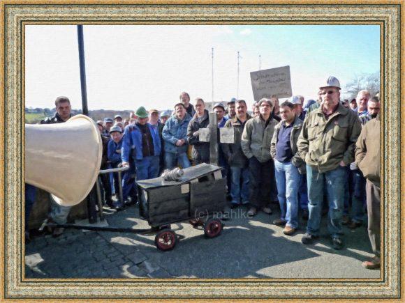 Foto Michael Mahlke – Das Ende der Arbeiterbewegung – Verkündung der Betriebsschliessung in Remscheid 2009